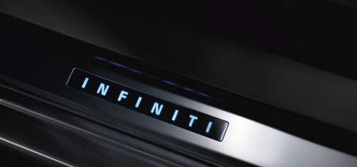 infiniti illuminated kick plates g35 g37 4dr nissan. Black Bedroom Furniture Sets. Home Design Ideas