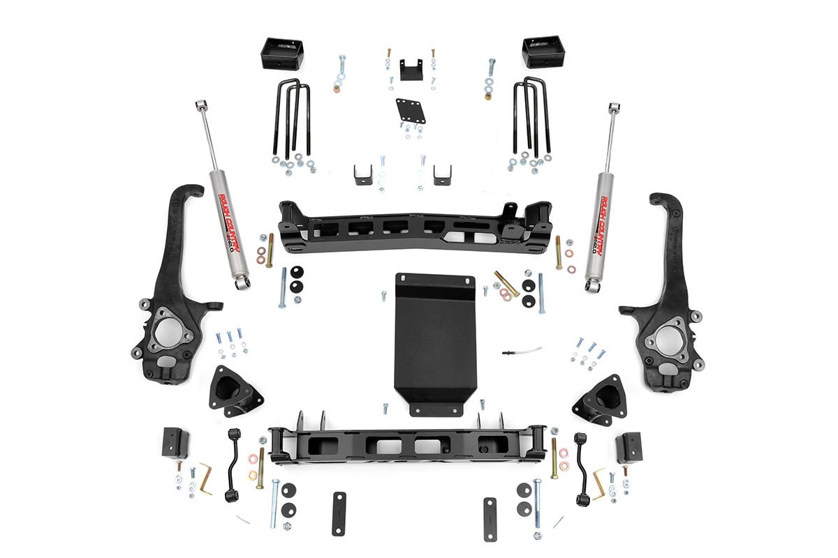 Rough Country 4in Suspension Lift – 04-15 Titan