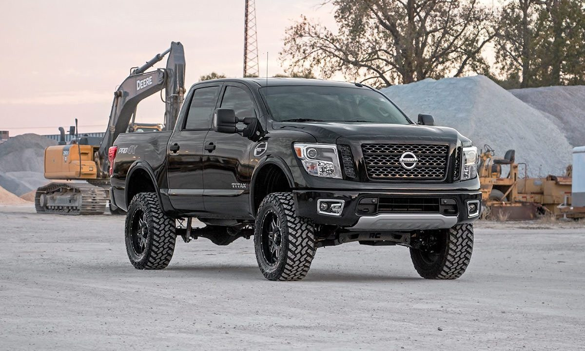 rough country 6 lift for the 2016 nissan titan xd. Black Bedroom Furniture Sets. Home Design Ideas