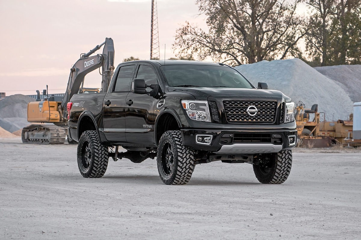 Rough Country 6in Suspension Lift Kit (2017+Titan 4WD ...